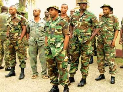 Nigerian_soldiers